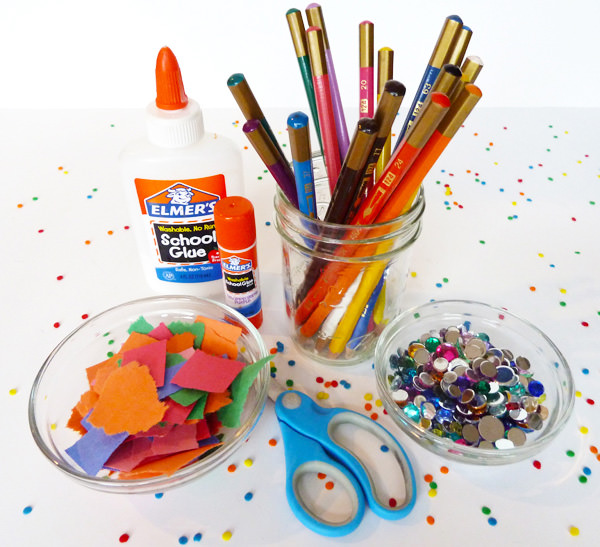 arts-and-crafts-table-w827
