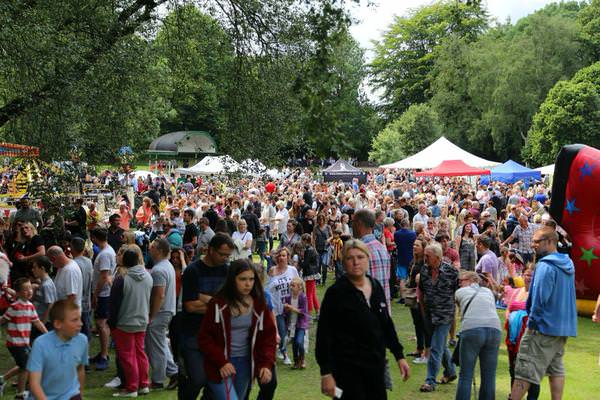 Caption - Walkden residents recently held a party for 4,000 local people at Parrfold Park